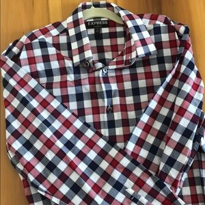 NWOT Express Modern Fit shirt